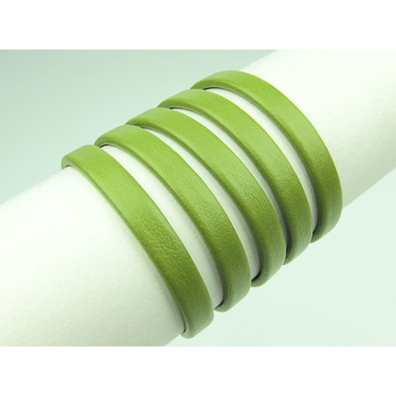 Recycled Leather folded approx. 6,0mm x 2,5mm - light green